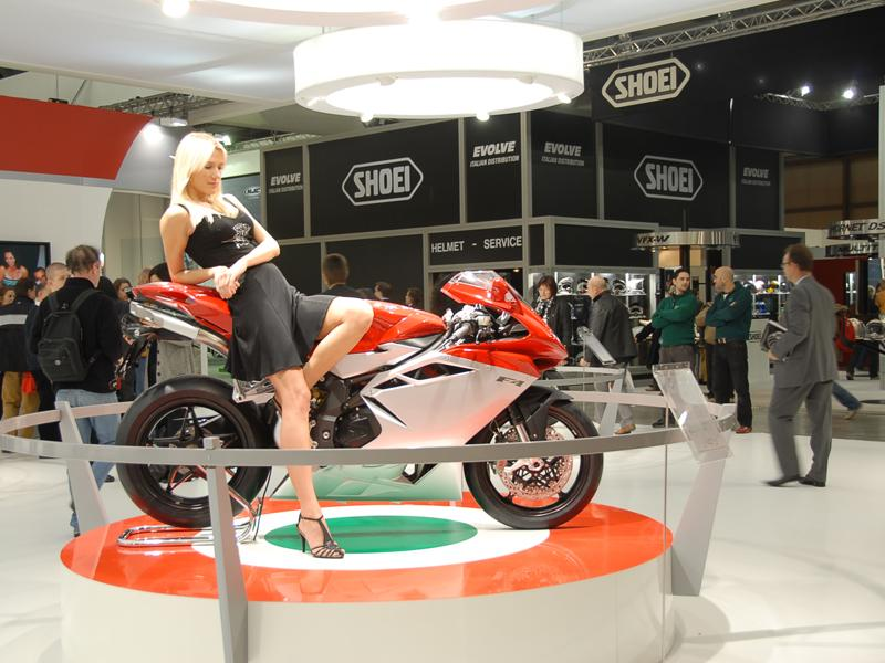 Tema: Todas las novedades 2010 del Salón de Milán