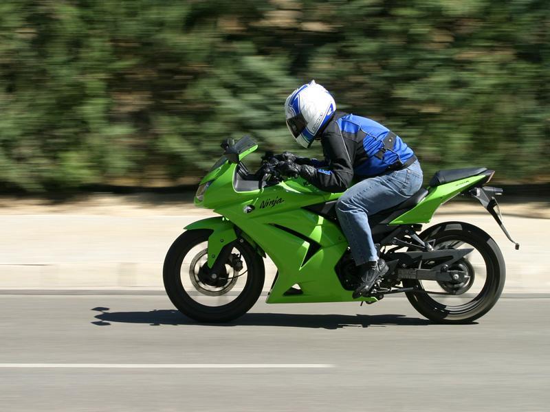Image Foto Kawasaki Ninja 250 R