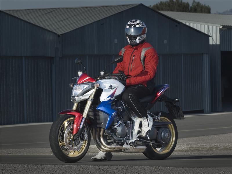 Honda Sabe Muy Bien Lo Que Hace Y Con La CB1000R Ha Creado Alternativa Ideal Muchos Estaban Esperando