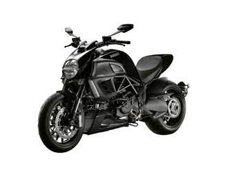 Ducati Diavel Vs Harley V Rod